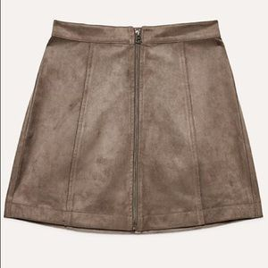 Aritzia Wilfred Leah Skirt Vegan Suede Dark Olive